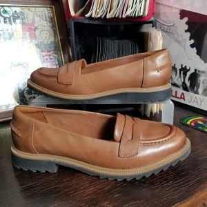 Clarks Griffin Milly Loafers Tan Leather sz 8.5